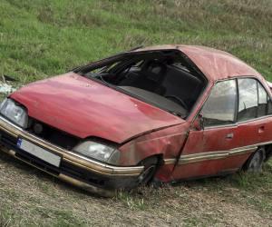 casse automobile 86